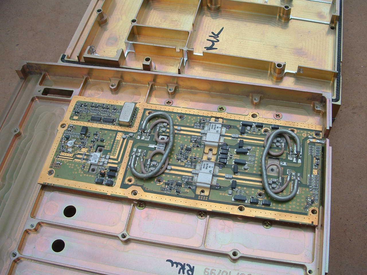www g3zud com/radio_project/70cm_sspa/f013 jpg